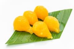 在糖浆的泰国点心蛋轭 库存图片