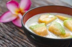 在糖浆的泰国甜瓜瓜 库存图片