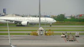 在素万那普机场的交通 股票录像