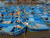 在索维拉口岸的蓝色渔船 免版税库存照片