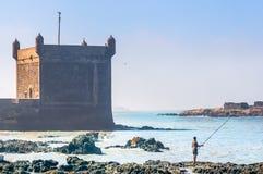 在索维拉港的防御塔在摩洛哥 免版税库存图片