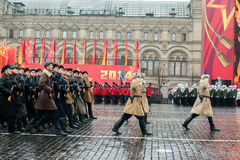 在红场的游行在莫斯科 免版税库存图片