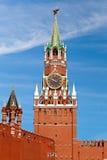 在红场的Spasskaya塔在莫斯科,俄罗斯 库存图片