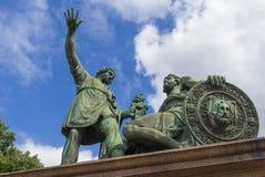 在红场,莫斯科,俄罗斯的米宁和Pozharsky纪念碑 图库摄影