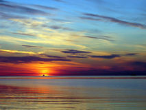 在红海日落 库存图片