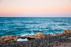 在红海的海岸的美好的晚上 免版税库存图片