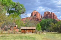 在红色岩石国家公园附近的一点农场 库存照片