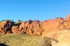 在红色岩石峡谷的冰砾 免版税库存图片