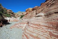 在红色岩石峡谷,南内华达附近的阿兹台克沙子石头岩层 图库摄影