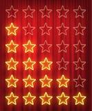 在红色帷幕背景隔绝的设置黄色霓虹星规定值设计元素 传染媒介成套工具霓虹星形状为 皇族释放例证