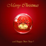 在红色球形的两圣诞节铃声 免版税库存图片