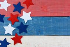 在红色白色和蓝色表上的星 免版税图库摄影