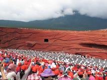 在红色白色的盖帽人 免版税库存照片