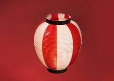 在红色背景的亚洲红色纸灯 免版税图库摄影