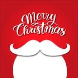 在红色背景的白色胡须 快活圣诞节的概念 圣诞老人髭 节假日新年度 库存图片