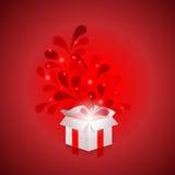 在红色背景的箱子 免版税库存照片