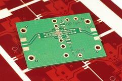 在红色gerber面具的电路板PCB制造的 免版税库存图片