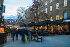 在约克公爵的圣诞灯装饰在伦敦英国摆正 库存图片