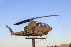 在纪念的退伍军人的响铃直升机 免版税库存照片