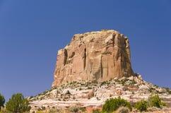 在纪念碑谷的巨型独石 免版税库存图片