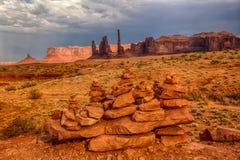 在纪念碑谷的石头 免版税图库摄影
