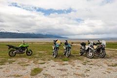 在纬度54的摩托车在乌斯怀亚,阿根廷 库存照片