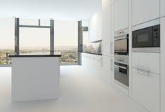 在纯净的白色颜色的豪华厨房内部 免版税库存图片