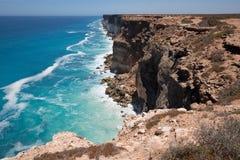 在纳拉伯平原边缘的伟大的澳大利亚海岸线 库存图片