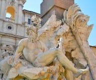 在纳沃纳广场的艺术在罗马 库存照片