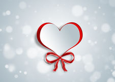 在纸工艺的心脏形状 免版税库存照片