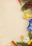 在纸的圣诞节装饰 免版税库存照片