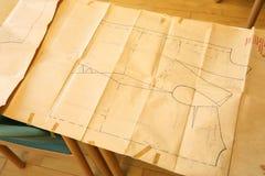 在纸的裁缝样式 免版税库存照片