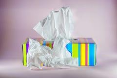 在纸的颜色箱子的卫生抹 免版税库存照片
