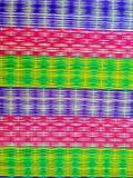 在纸莎草席子的五颜六色的样式,在一Tamb的民间智慧 免版税图库摄影