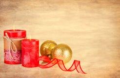 在纹理的圣诞节装饰 免版税库存图片