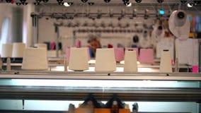 在纺织品制造的运作的过程 股票录像