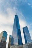 在纽约地平线的世界贸易中心一号大楼 免版税库存图片