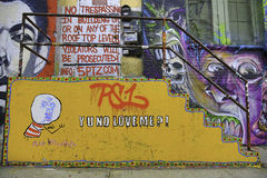 在纽约城- Yu的街道画没有爱我? 库存照片