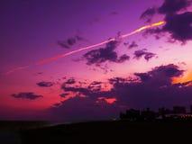 在纽约大西洋科尼岛海滩的日落 图库摄影