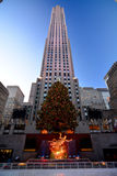 在纽约-洛克菲勒中心圣诞树的圣诞节 免版税库存照片