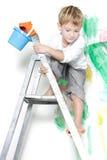 在绘画准备好的白色的男孩 库存图片