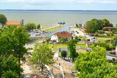 在维斯瓦河盐水湖海岸的顶视图在弗龙堡 波兰 库存图片