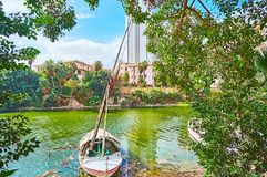在绿叶,开罗,埃及的Felluca 免版税图库摄影