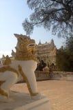 在缅甸的利奥卫兵 库存照片