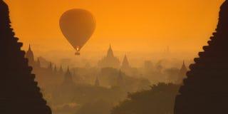 在缅甸的日出 免版税库存照片