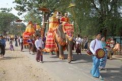 在缅甸的Novitiation仪式 图库摄影