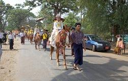 在缅甸的Novitiation仪式 库存照片