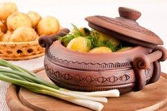 在罐的土豆 免版税图库摄影