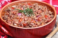 在罐的辣豆汤 免版税库存图片