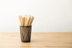在罐的Unsharpened铅笔 免版税图库摄影